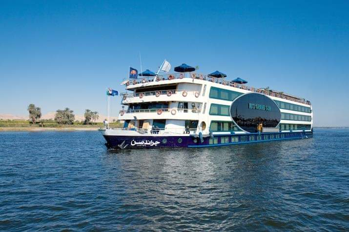 Luxury Tour Cairo & Nile Cruise overland