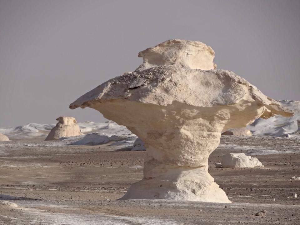 Pyramida, White desert & Nile Valley